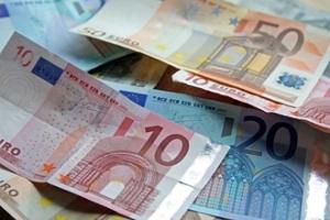 У червні регіонали здебільшого клопотались про гроші, опозиція – про злочини і покарання